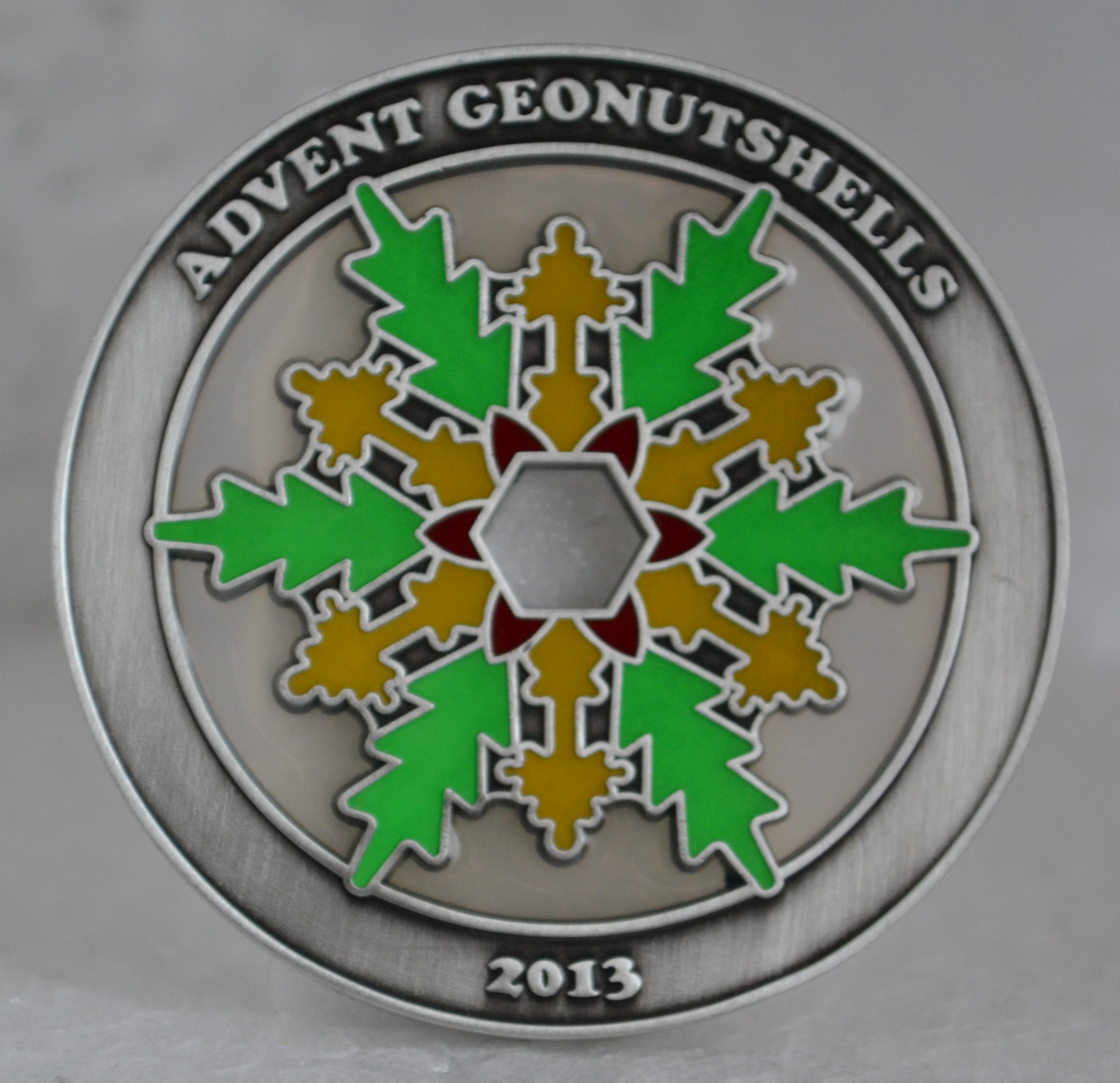 Advent Geonutshells 2013 Geocoin LE